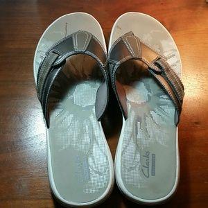 Shoes - Clarks Flip flops.